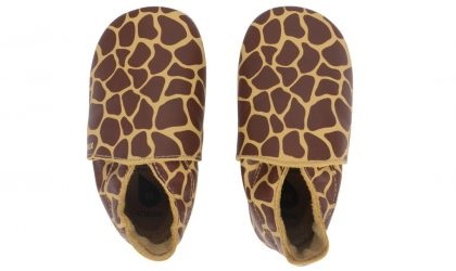 Fall leave Giraffe print